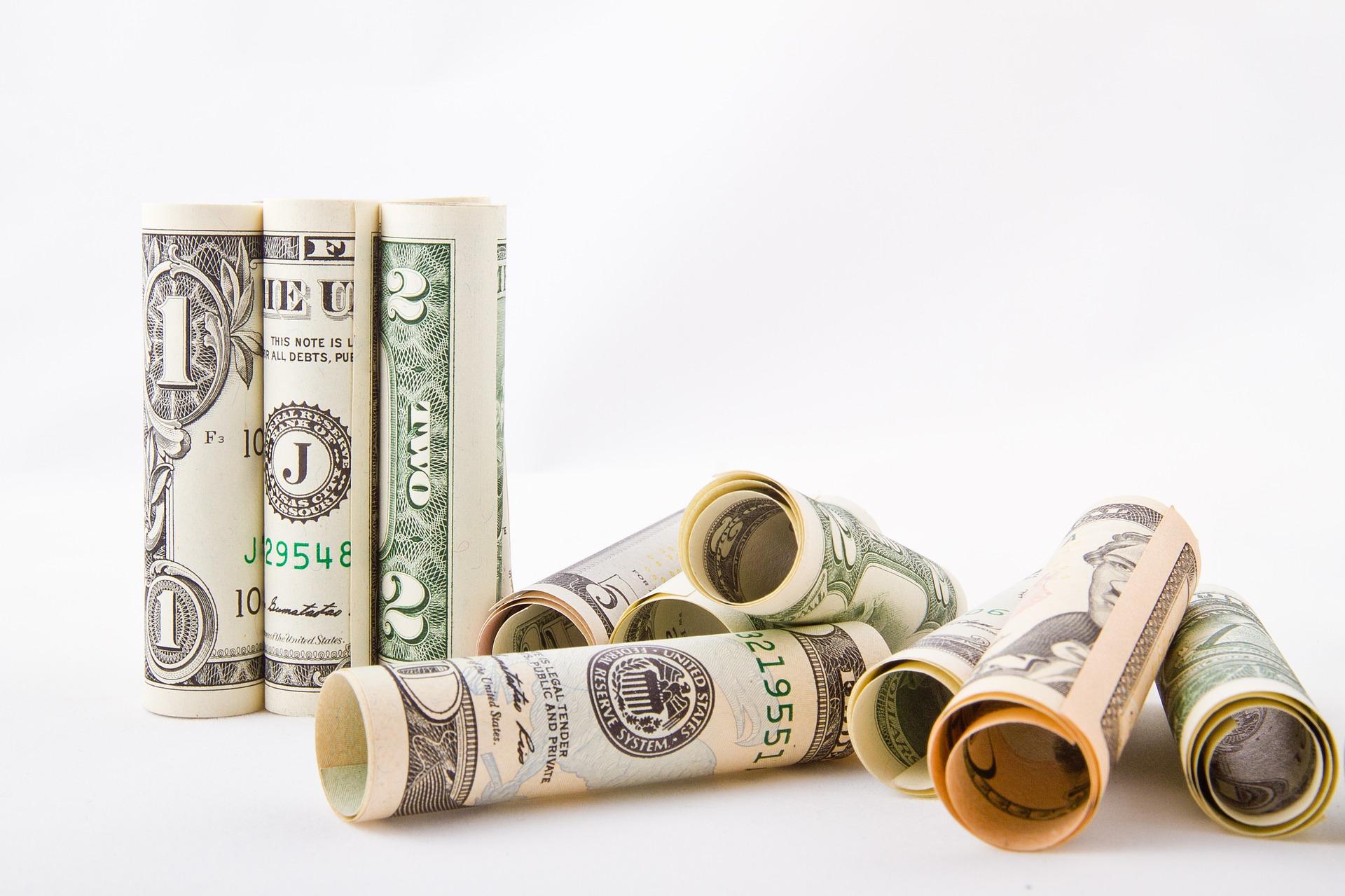 paying mlm distributors through compensation plans